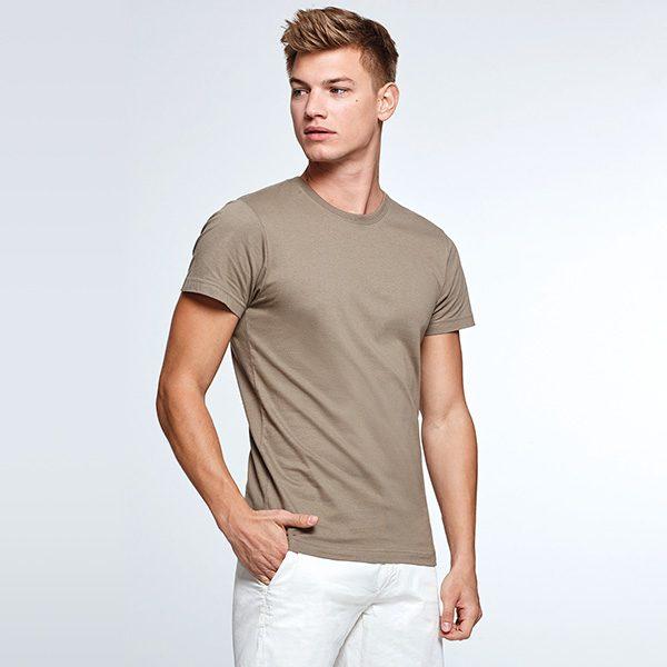 t_shirt_dogo_woo_manquin